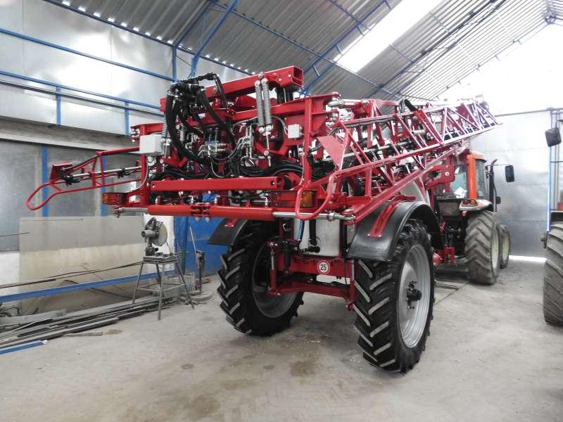 KERTITOX KERTITOX-FG 2500/3000L 18M / 24M vontatott szántóföldi
